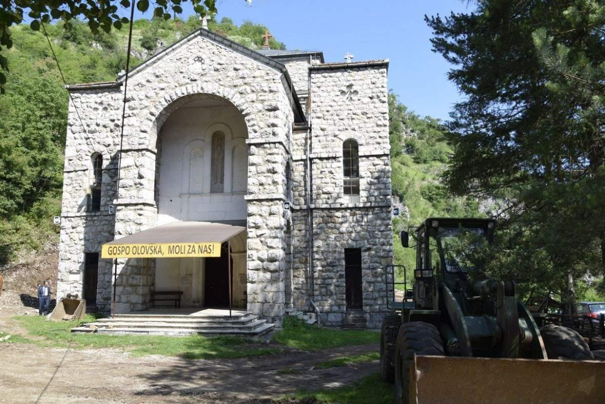 crkva_gospe_olovske_bih3.jpg - Muslimani i katolici obnavljaju Gospino svetište u Olovu | Imam i fratar: Bosne će biti uvijek (Video)